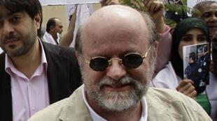أنيس النقاش في العاصمة اللبنانية بيروت عام 2010