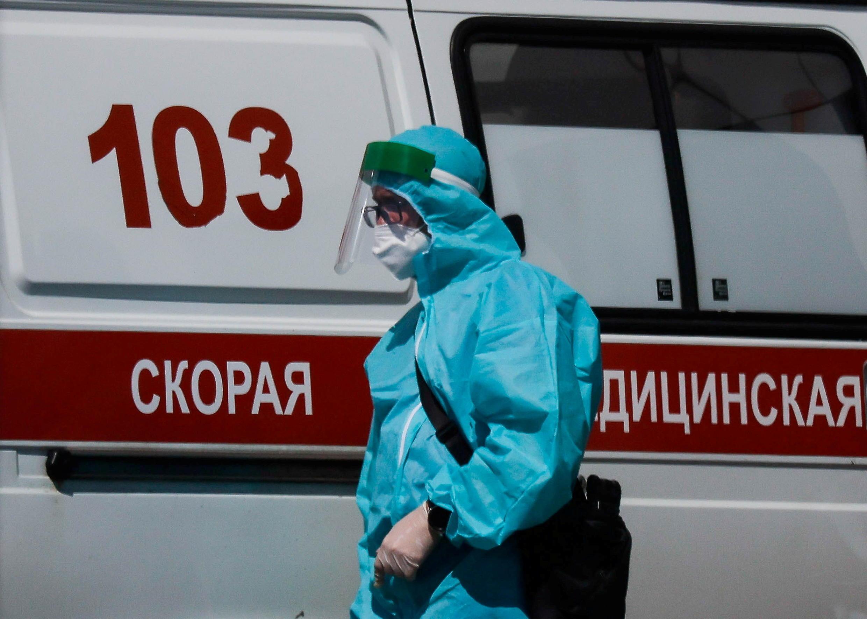 2021-06-17T173650Z_664076_RC2H2O9ZG31Y_RTRMADP_3_HEALTH-CORONAVIRUS-RUSSIA-SOBYANIN