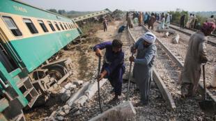 حادث قطار في شهر آذار بمدينة روهري الباكستانية