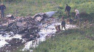 حطام المقاتلة الإسرائيلية من طراز إف16 التي سقطت في  وادي جزريل في شمال اسرائيل  10 شباط -فبراير 2018