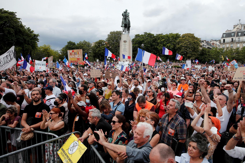 مظاهرات في فرنسا ضد قيود فيروس كورونا