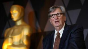 / جون بيلي رئيس أكاديمية فنون وعلوم السينما التي تمنح جائزة الأوسكار