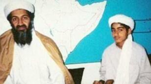 اسمة بن لادن وابنه حمزة