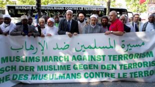 """أئمة فرنسيون وأوروبيون في """"مسيرة ضد الارهاب"""" في باريس 08-07-2017"""