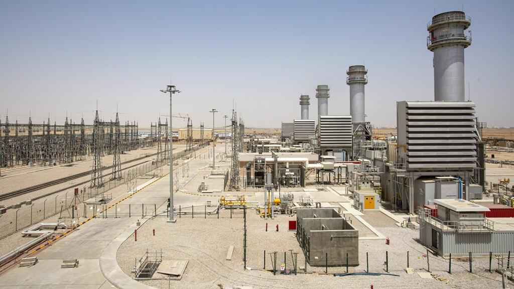 محطة توليد كهرباء في مدينة السماوة العراقية