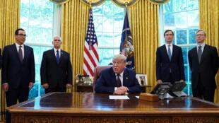 الرئيس الأمريكي دونالد ترامب يعلن من البيت الأبيض عن اتفاق البحرين مع إسرائيل لتطبيع العلاقات