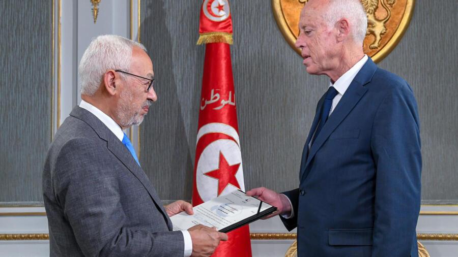 صراع على رأس السلطة في تونس بين سعيّد والغنوشي حول السياسة الخارجية