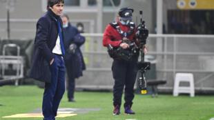 مدرب إنتر ميلان أنطونيو كونتي خلال المباراة التي جمعت فريقه مع يوفنتوس يوم 9 فبراير 2021