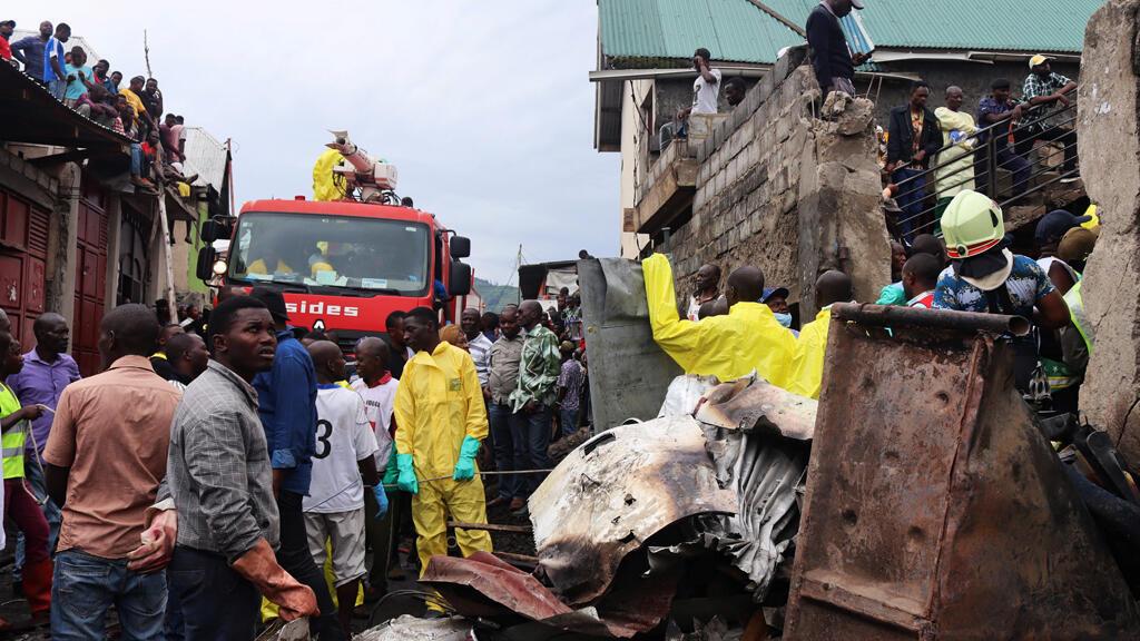 موقع تحطم الطائرة في مدينة غوما