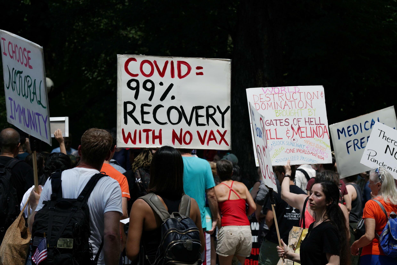 2021-07-24T192123Z_1211631603_RC26RO9S7I31_RTRMADP_3_HEALTH-CORONAVIRUS-USA-PROTEST
