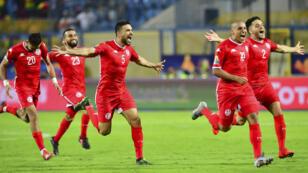 فرحة لاعبي منتخب تونس بعد فوزهم على غانا