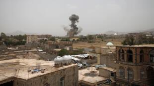 من غارات التحالف الذي تقوده السعودية على صنعاء اليمنية