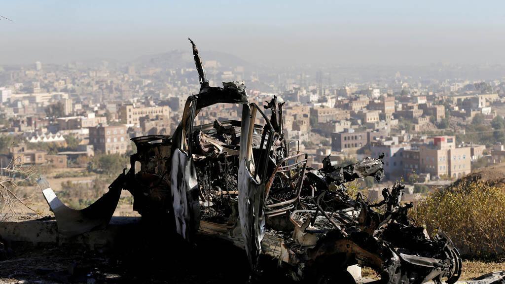 موقع لغارة جوية في صنعاء في اليمن 26-12-2017