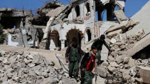 موقع لغارة جوية في صنعاء في اليمن 30-12-2017