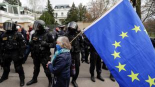 مظاهرة أمام السفارة الروسية في براغ