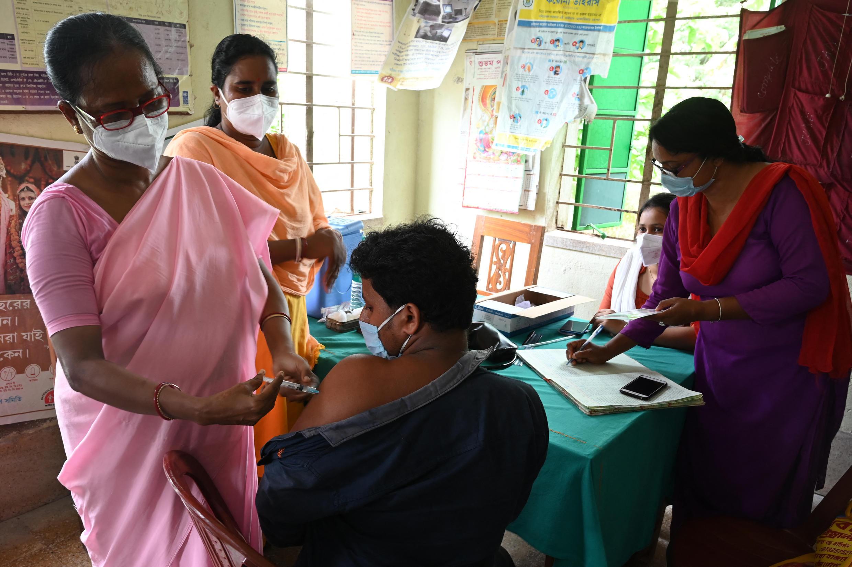 vaccination_covid_calcutta_inde