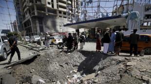 قصف طائرة لمنشأة في اليمن