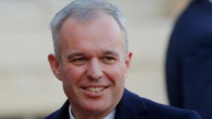 فرانسوا دو روجي وزير البيئة الفرنسي الجديد