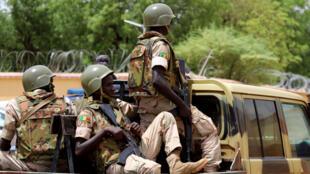 عناصر من جيش مالي