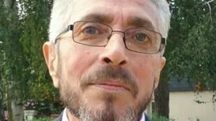 الصحفي عبد القادر خيشي