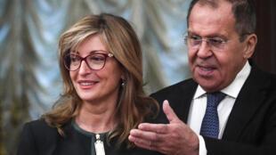 وزير الخارجية الروسي سيرغي لافروف يدعو نظيرته البلغارية إيكتارينا زاهرييفا للمحادثات في موسكو (21 أكتوبر 2019)