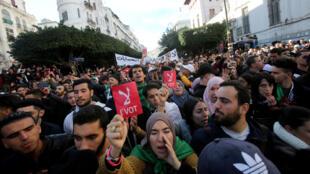 algerie_manif_contre_elections