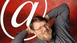 ray_tomlinson_electronic_email_inventor)