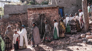 ضحايا المذابح التي ارتكبها الجنود الأريتريين في إقليم تيغراي