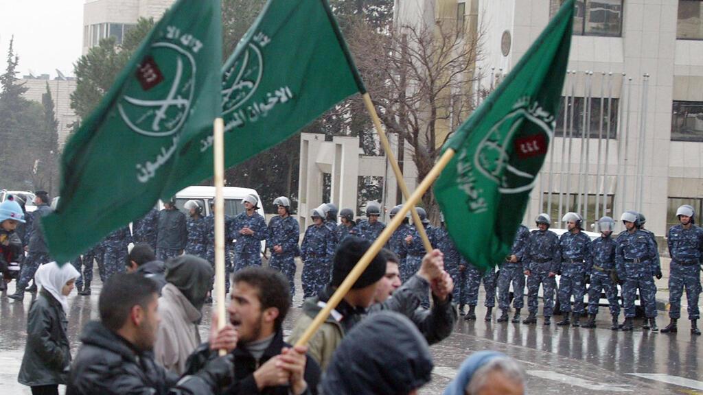 10 محطّات رئيسية في حياة جماعة  الإخوان المسلمين