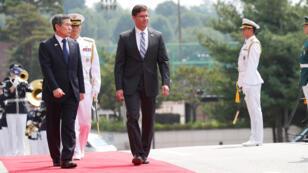 وزير الدفاع الأمريكي مارك إسبر ونظيره الكوري الجنوبي جيونغ كيونغ