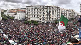 الحراك الشعبي في الجزائر