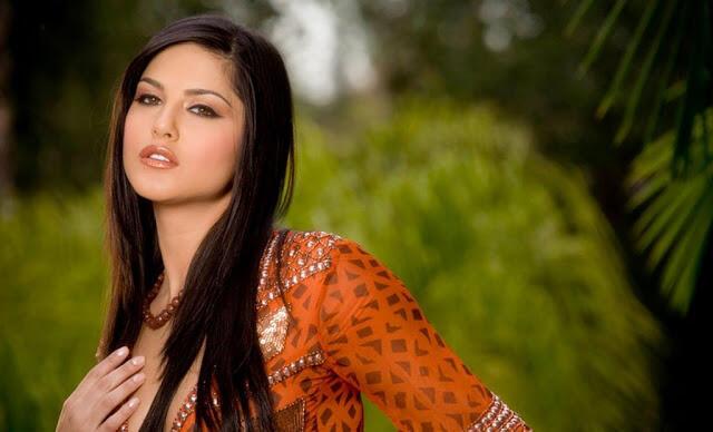 ممثلة الأفلام الإباحية الهندية سوني ليون