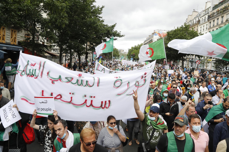 demonstration_algeria_paris