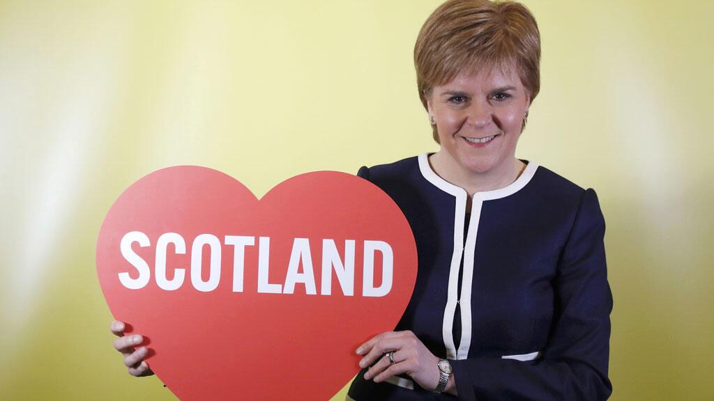 نيكولا ستارجن رئيسة وزراء اسكتلندا