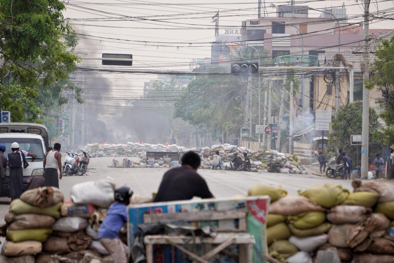 2021-04-05T081741Z_363218109_RC2KPM9022NI_RTRMADP_3_MYANMAR-POLITICS-POSCO