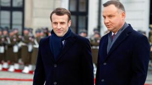 الرئيس الفرنسي مع نظيره البولندي