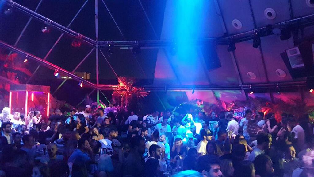 أحد النوادي الليلية في بيروت