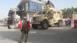 رجل أمن أفغاني