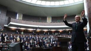 رجب طيب إردوغان في البرلمان التركي في أنقرة
