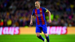 لاعب نادي برشلونة أندريس انييستا