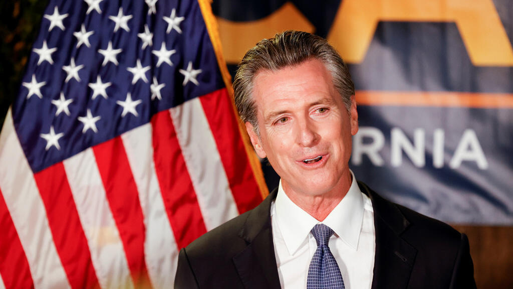 حاكم ولاية كاليفورنيا الديموقراطي غافين نيوسوم