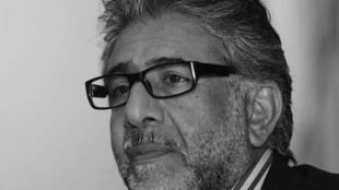 الشاعر الراحل أمجد ناصر-