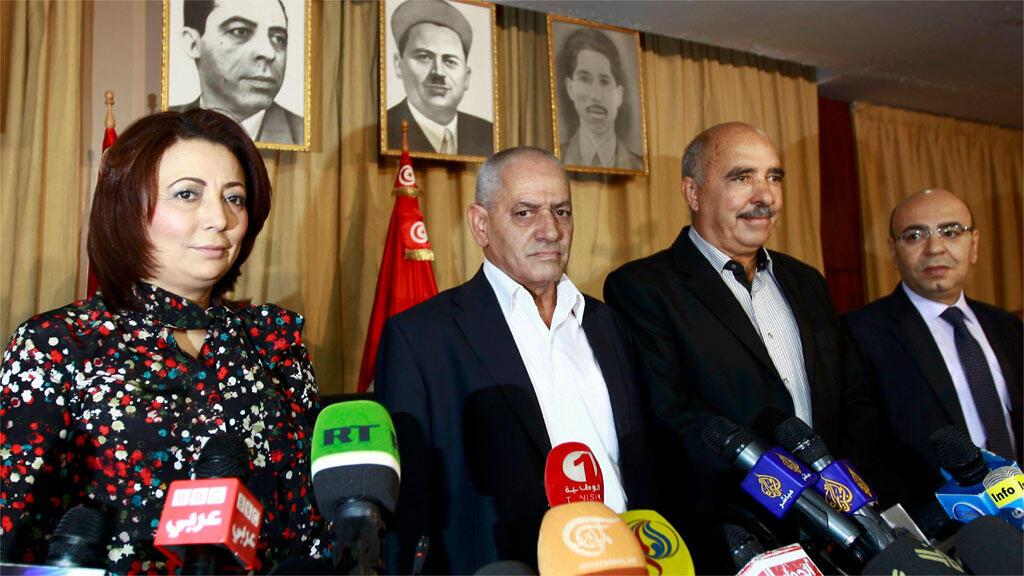 من اليبسار إلى اليمين: وداد بشماوي ، حسين عباسي ، عبد الستار بن موسى، محمد فاضل