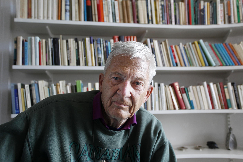 الكاتب السويدي بير أولوف اينكويست