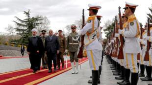الرئاسة الإيرانية في 6 أبريل 2019 الرئيس الإيراني حسن روحاني ورئيس الوزراء العراقي عادل عبد المهدي في العاصمة الإيرانية طهران.