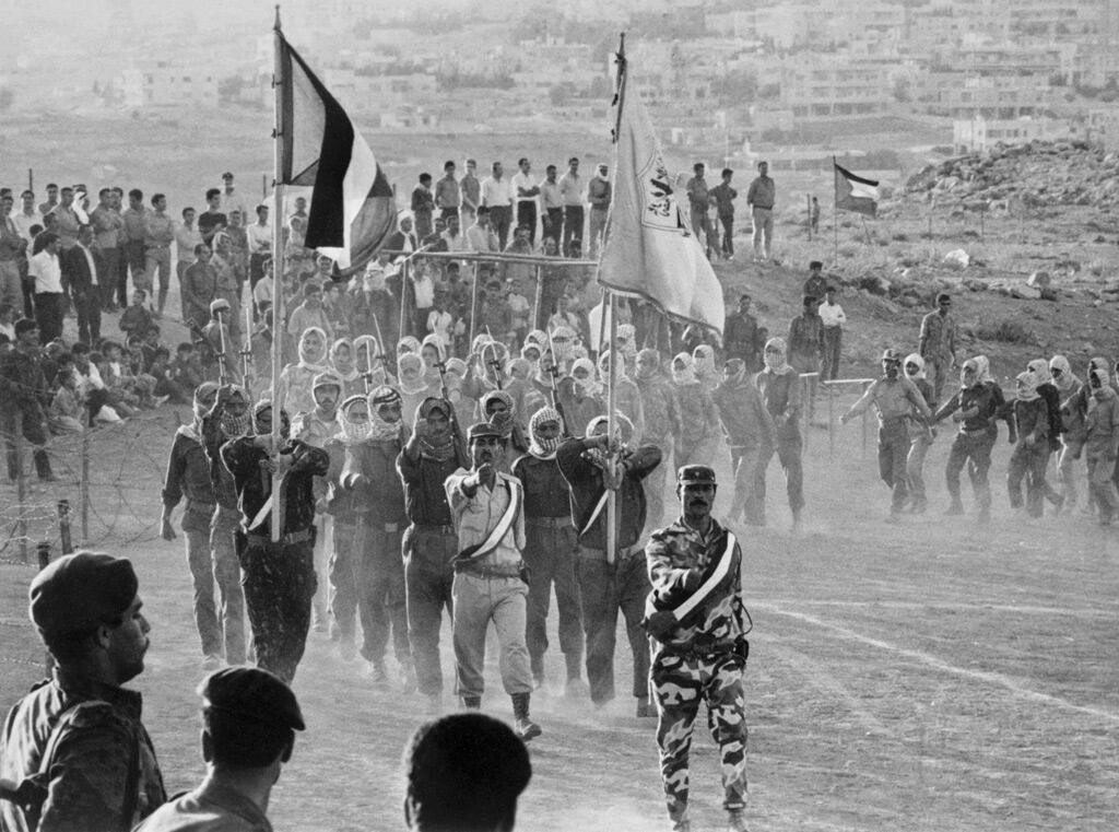 مقاتلون فلسطينيون قرب العاصمة الأردنية عمّان في آب 1970