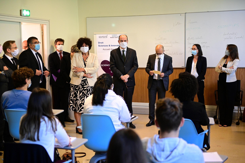 education_minister_frederique_vidal_pm_castex_visite_ecole