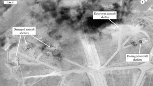 صورة لمطار الشعيرات من الأقمار الاصطناعية بعد الضربة الأمريكية