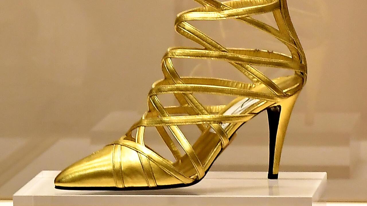 معرض الحذاء في مدينة فلورانس الإيطالية