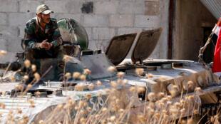 جندي سوري-